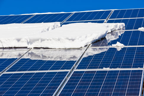 5 Methods to Remove Snow Off Solar Panels