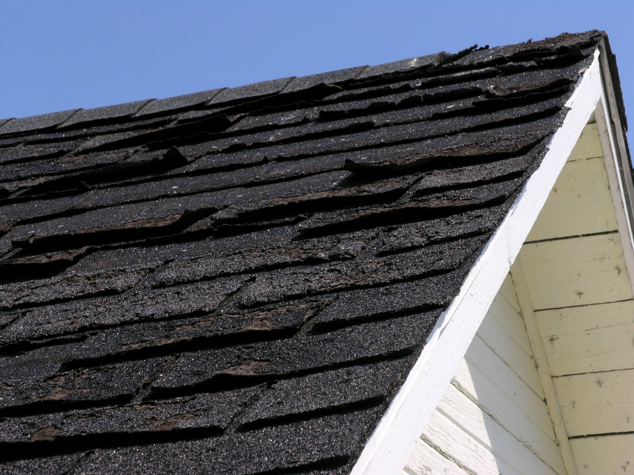 Should I Replace My Roof Before Getting Solar – Shingle Roof Replacement